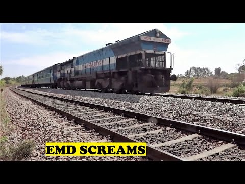 Bangalore Dharwad Siddhaganga Inter City Screams Rushes