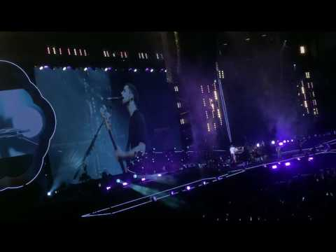 """Coldplay """"Fix You"""" & """"Life on Mars"""" (David Bowie Cover) 9.3.16 #Coldplaysanfrancisco"""