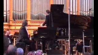 Play Konzertstück For Piano & Orchestra In F Minor, J. 282 (Op. 79)