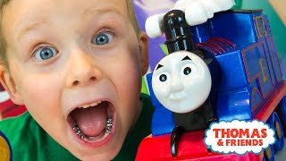 Thomas and Friends Turbo Flip Thomas Toy Train by Fisher-Price