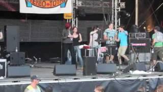 Stereo Total - Wir Tanzen Im 4-Eck Donauinselfest 2010