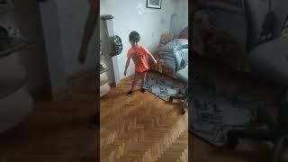 Скибиди танец
