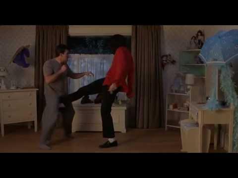 Scary Movie 3 - Michael Jackson ITA