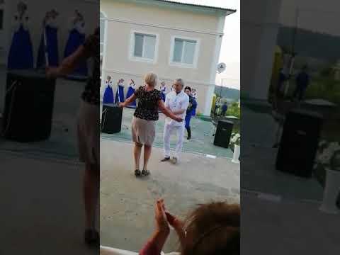 Зажигательный танец Максимова Г.Н. на фестивале здоровья
