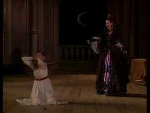 Der Holle Rache (Queen of the Night Aria) Birgit Louise Frandsen