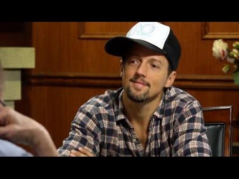 Jason Mraz Counters Critics Who Accuse Him of Being Too Positive