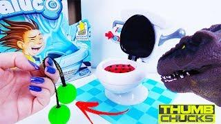 Canal ToyKids Joga Jogo Da Privada Maluca Da Ladybug Valendo THUMB CHUCKS! BANHEIRO MALUCO LADYBUG