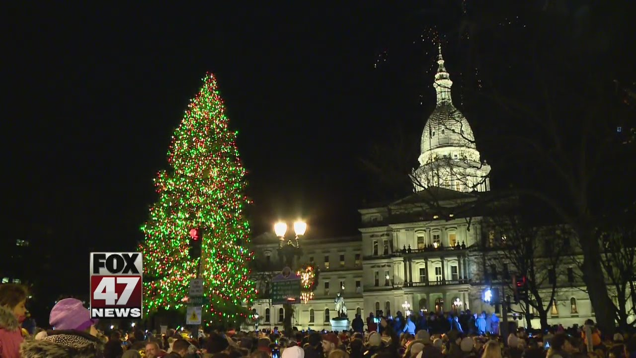Lansing will light official state Christmas tree tonight
