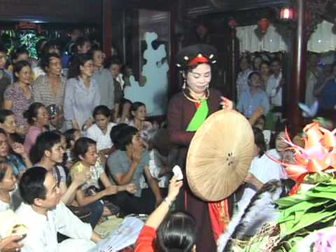 Hầu Bóng Cùng Hoài Linh Nét Văn Hoá Người Việt 4