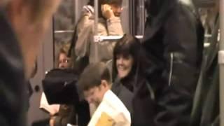 La Risa se contagiosa en el metro de Berlin. Risoterapia y Bienestar Koldo Alonso.