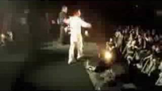 Oomph! - Gott ist ein Popstar  [Live 23.05.2006-Columbiahalle]