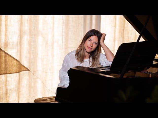 WILD MOUNTAIN THYME Interview - Amelia Warner