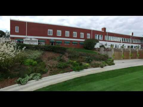 Aerial footage of the Sioux City Country Club
