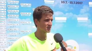 Vít Kopřiva po výhře ve čtvrtfinále na turnaji Futures v Pardubicích