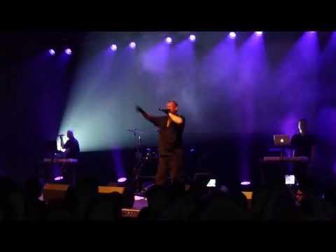 VNV Nation - Mark Jackson singing Nitzer Ebb - Anthem - LIVE - Oberhausen 24.08.2013