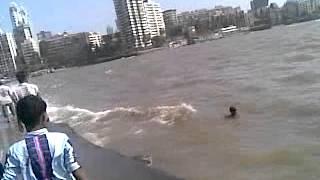 khakholi Haji ali dargah ka rasta and samundar mumbai very nice