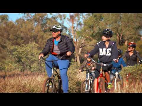 Matt Hayden in the Red Centre - Cycling around Uluru