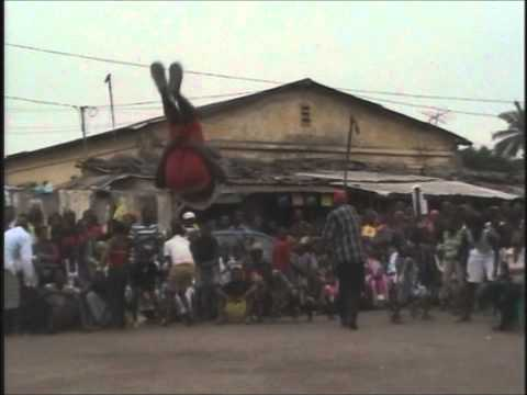 Doundounba Traditional Party a Guinee Conakry february 2011.wmv