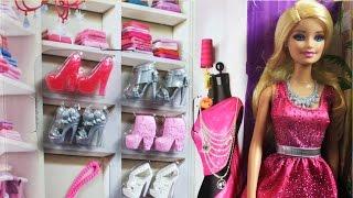 Barbie Doll And Shoes Giftset / Barbie I Kolekcja Butów - Mix And Match - Mattel - Megadyskont.pl
