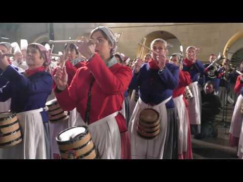 IZADA DE LA BANDERA TAMBORRADA 2017 DONOSTIA - SAN SEBASTIÁN