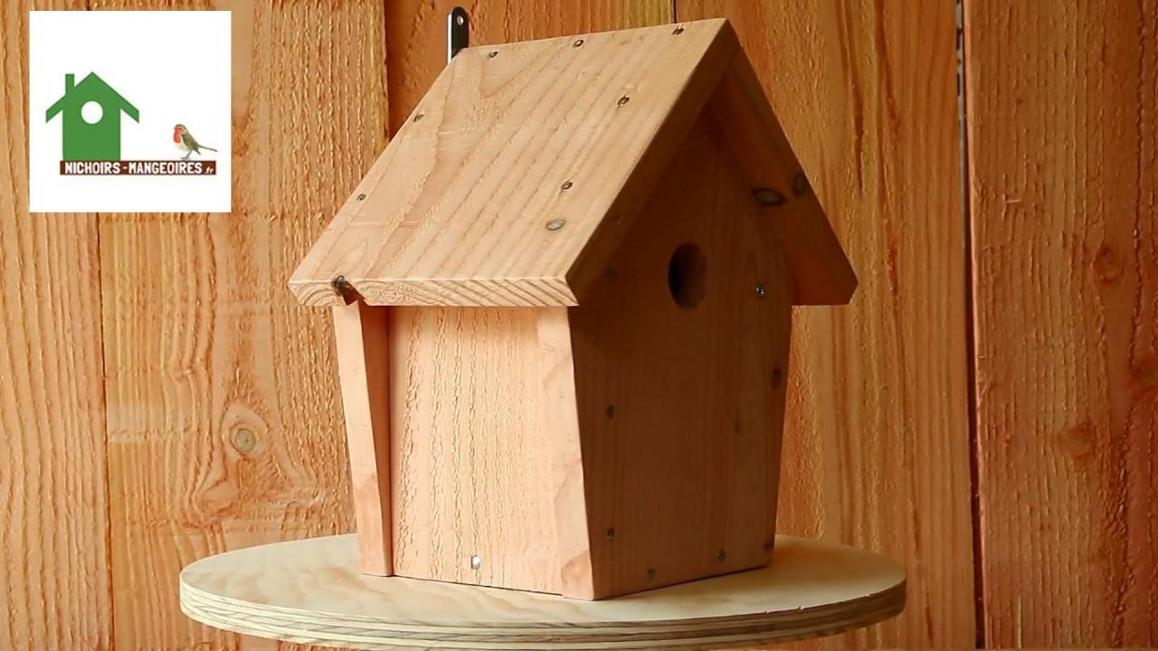 Nichoir maisonnette pour oiseaux des jardins en bois - YouTube