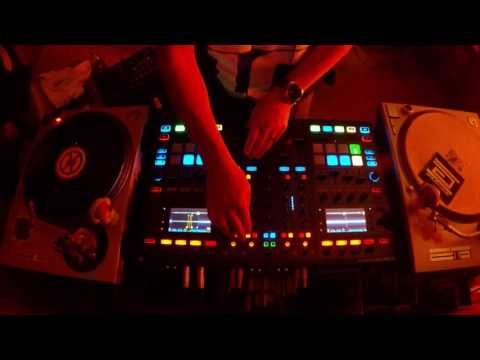 October 2016 Live Techno/Tech House mix. Traktor S8.