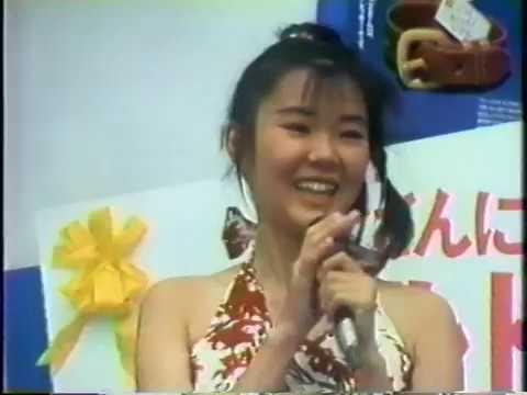 川奈雅子 父の日イベントで歌う