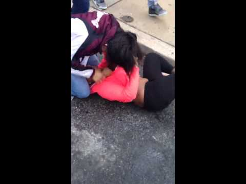Just another Ratchet Female Brawl😁