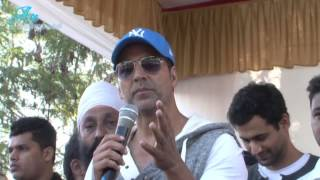 Akshay Kumar Flag off Ride for safety Helmet Awarness & Road Safety Rally