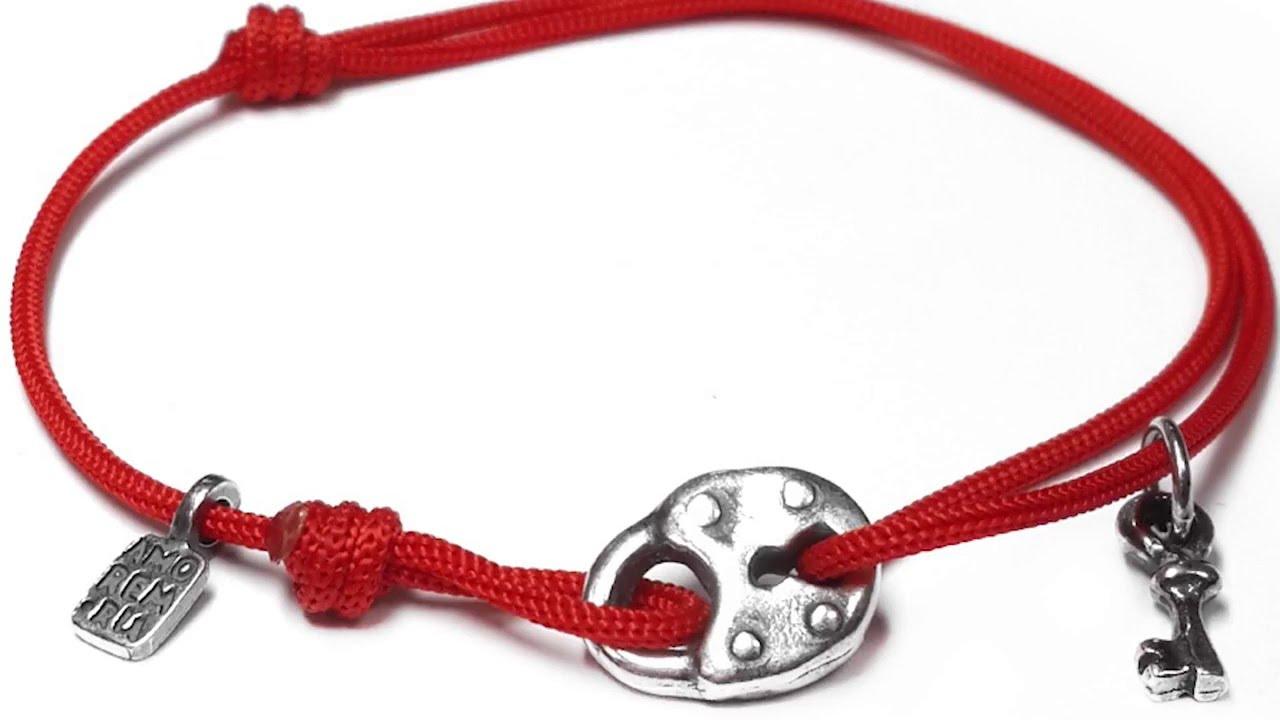 Что означает ключ на браслете