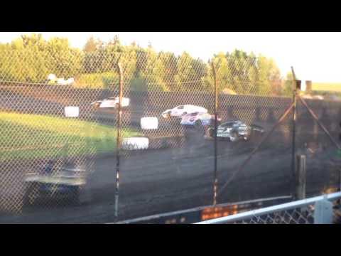 Modified Heat 1 @ Hancock County Speedway 08/13/16