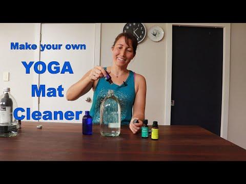 homemade-yoga-mat-cleaner