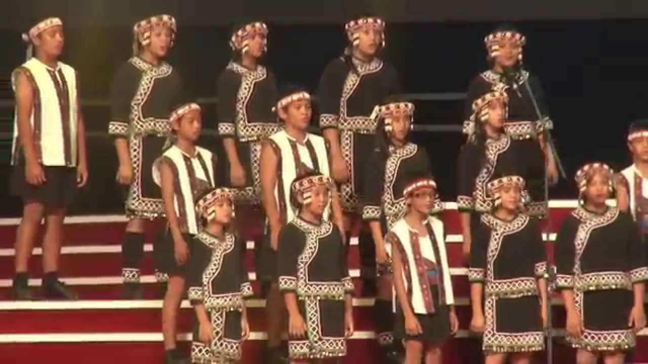 臺灣原聲童聲合唱團《看見臺灣》《桃蛙源記》 - YouTube