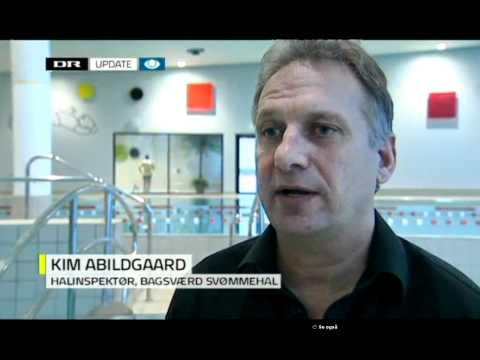 Elektronisk livredder i bagsværd svømmehal