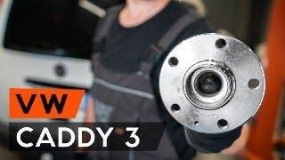 Kuinka vaihtaa takapyöränlaakerit VW CADDY 3 (2KB) -merkkiseen autoon [OHJEVIDEO AUTODOC]