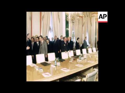SYND 23 2 78 PRESIDENT ASSAD OF SYRIA MEETS BREZHNEV AT KREMLIN IN MOSCOW