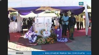 FULL VIDEO:KUAGWA KWA MWILI WA MAPACHA WALIOUNGANA(MARIA NA CONSOLATA)