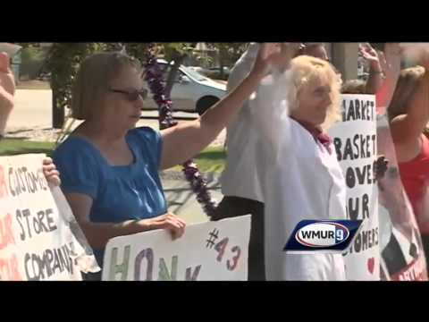 Hannaford offers jobs to Market Basket workers