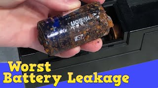 Worst battery leakage I've ever seen!  Casio CT 380 thumbnail