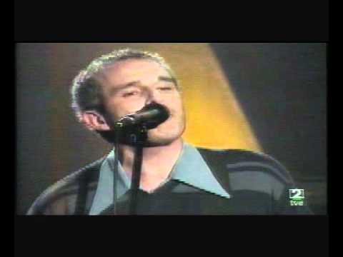 THE YELLOW MELODIES - (3.) Puedes llamarme (Los Conciertos de Radio 3 - TVE 2) (29-11-2000).avi