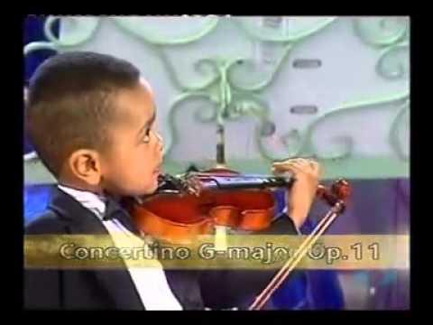 André Rieu et un violoniste de 3 ans Akim Camara en 2005