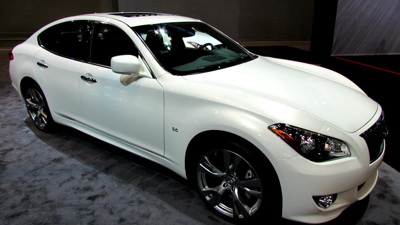 2014 infiniti q70 s awd exterior and interior walkaround 2014 chicago auto show youtube. Black Bedroom Furniture Sets. Home Design Ideas