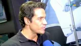 Baixar Carlos Machado em Desfile de Cueca JOG - TV Fama.