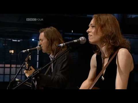 Gillian Welch - I Want to Sing That Rock And Roll