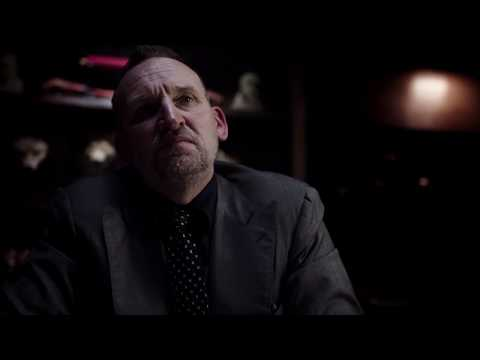 Christopher Eccleston in Dead In A Week Or Your Money Back
