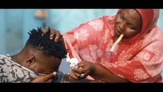 Download Video Mike Alabi - Enfant Beni - Clip officiel MP3 3GP MP4