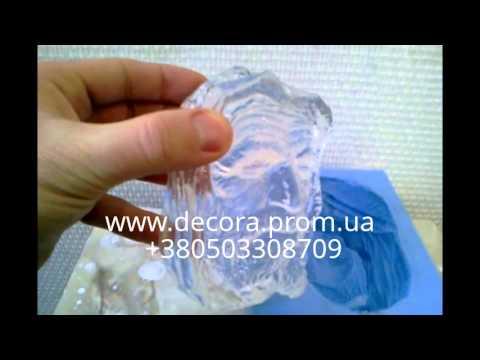 Композитный материал polirock является альтернативой более дорогому продукту фирмы kolpa – искусственному камню kerrock, изготавливается путем смешения гидрооксида алюминия и полиэфирной смолы. Kerrock изготавливается путем смешения гидрооксида алюминия и акриловой смолы. За счет.
