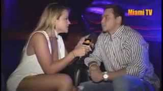 Repeat youtube video Jenny Scordamaglia Caliente TV Show   YouTube