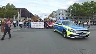 Muslime laufen zum #TagDerDeutschenEinheit mit ihren deutschen Mitbürgern