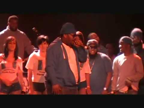 Beanie Sigel Dissing Jay-Z & T.I. Live On Stage drop eminem